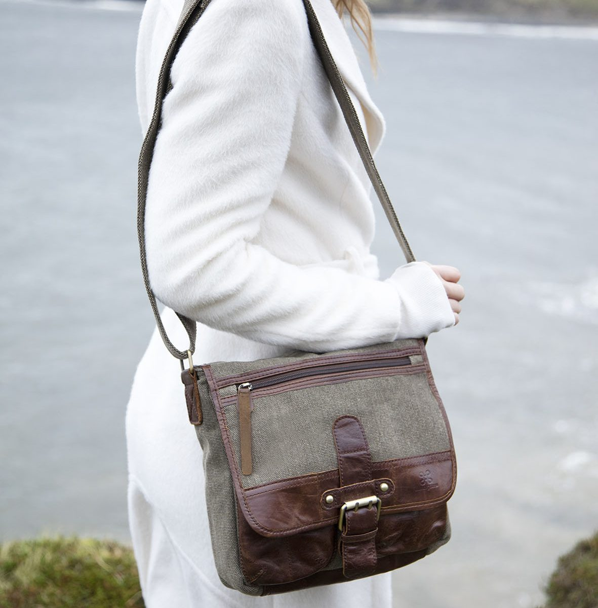 Irish Tweed & Leather Buckle Bag