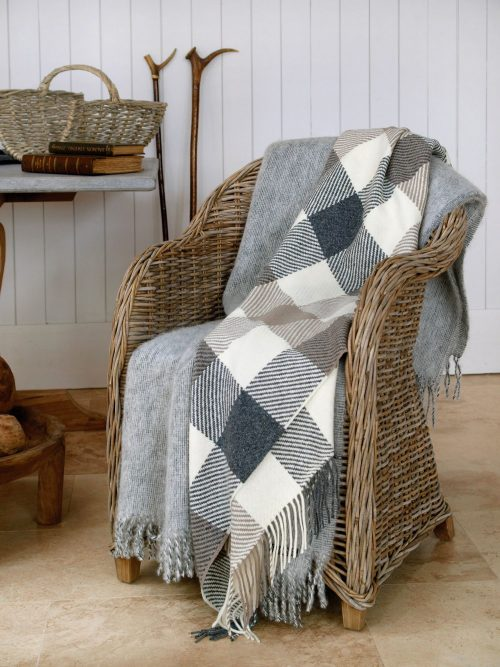 Oxford Windowpane Lambswool Throw