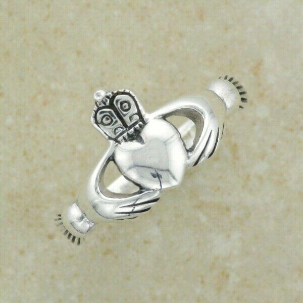 Plain Claddagh Ring