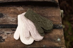Traditional Adult Aran Mittens