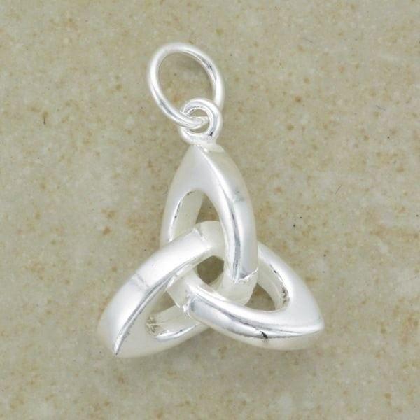 3D Celtic Trinity Pendant