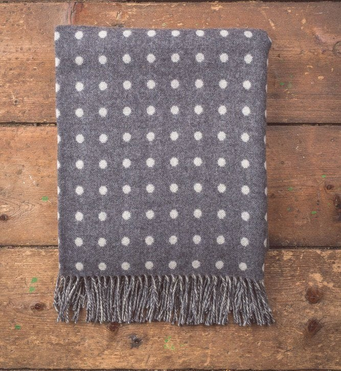 Grey & White Spot Lambswool Throw
