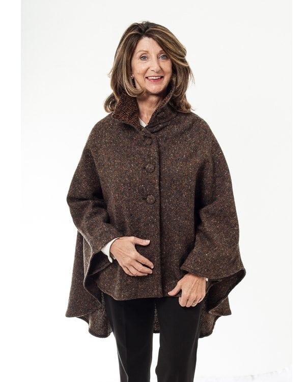 Cropped Tweed Cape Brown