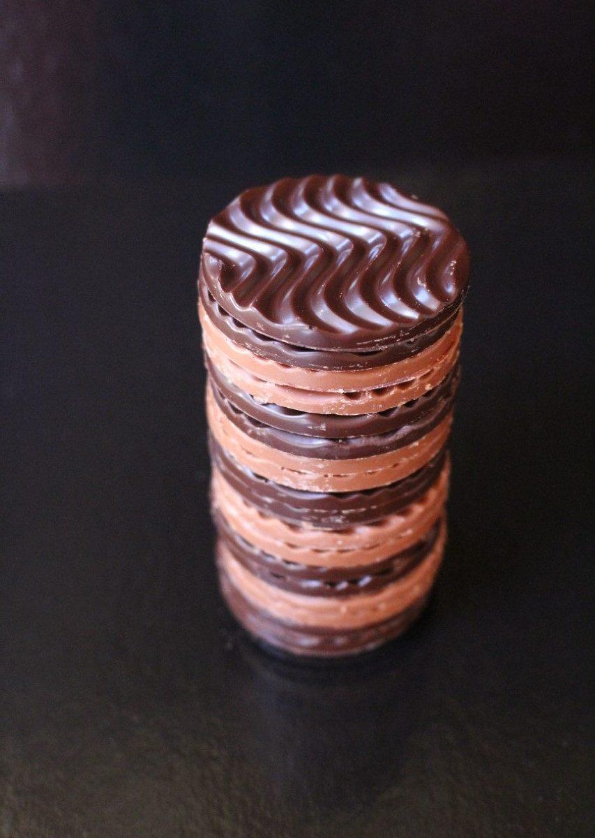 Lorge Chocolate Discs