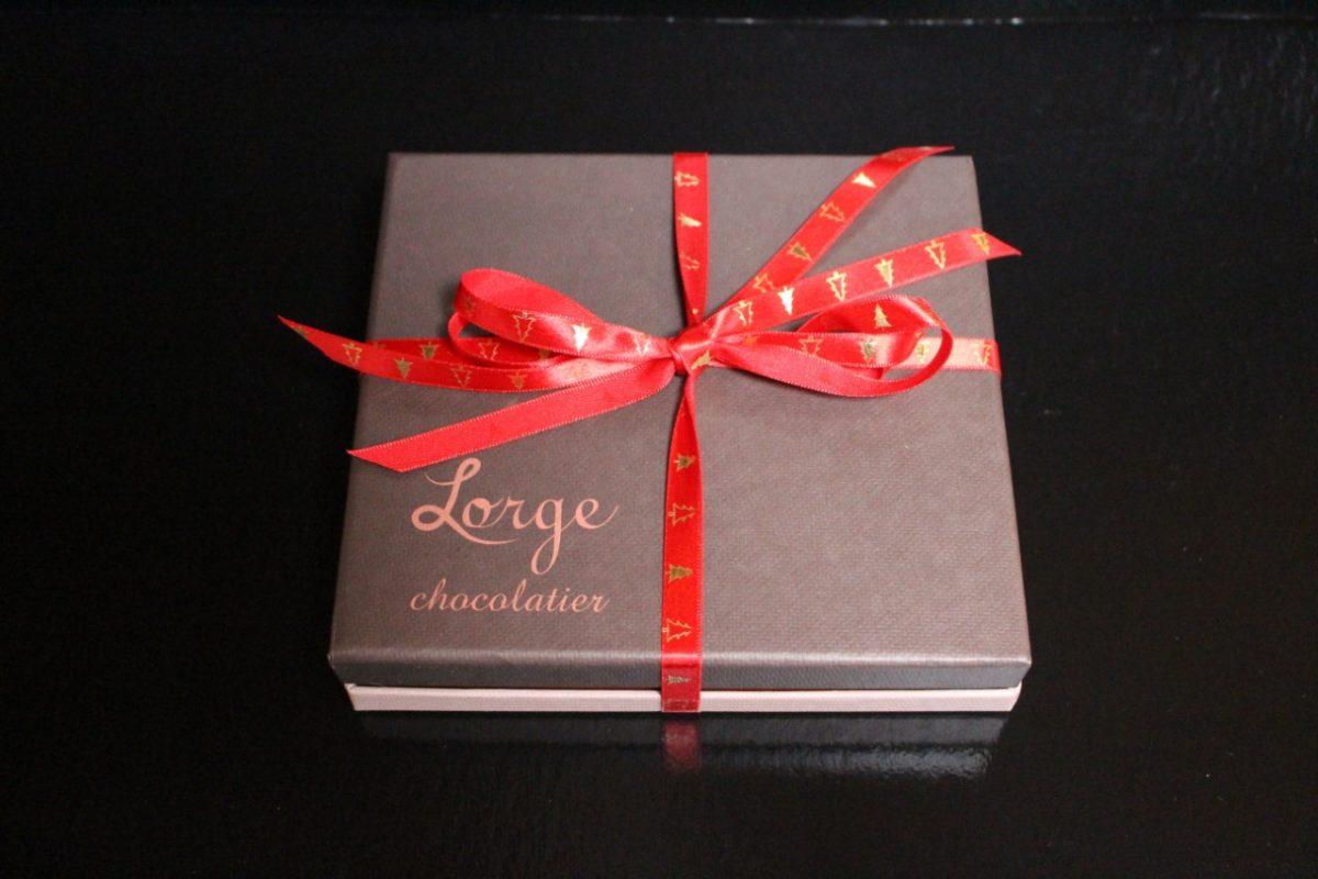Lorge Chocolate Box 9