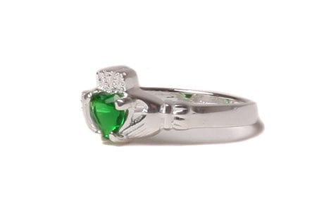 Claddagh Emerald Birthstone Ring May